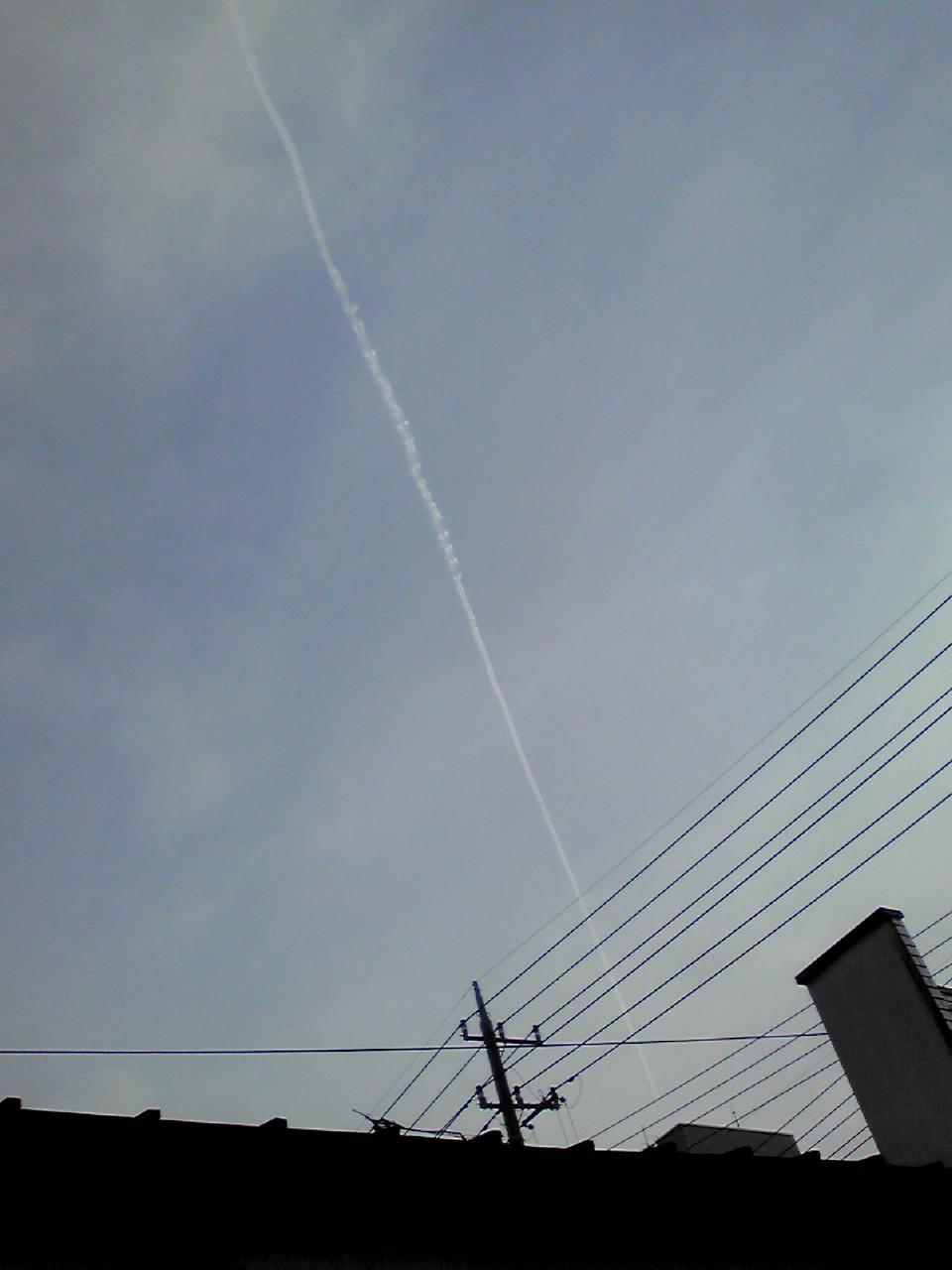 飛行機雲だー